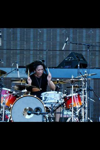 Pantheon Percussion: Shahril opens for Metallica in SIngapore (2013)
