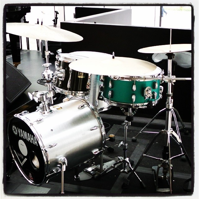 Pantheon Percussion: Satin Green 14 x 7 Aluminium snare at Marina Bay Sands tonight