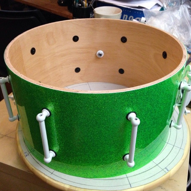 Zai Lim's 13 x 7 Lime green sparkle Birch snare with white hardware